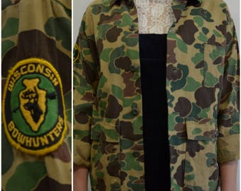 Vintage Wisconsin Bounty Hunter Patch Camo Hunting Jacket, Patched Army Coat, Sz M
