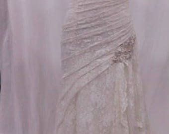 Absolutely beautiful lace Wedding gown
