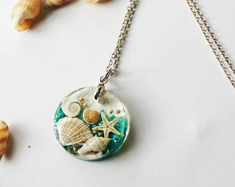 Seashell jewelry, Resin Jewelry, Seashell Necklace, Cute necklace, Gift for Her, Gift for kids, Kids Jewelry, Glitter, Top selling items