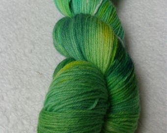 Sock yarn 100 g hand green watercolor yarn dyed lime caipirinha