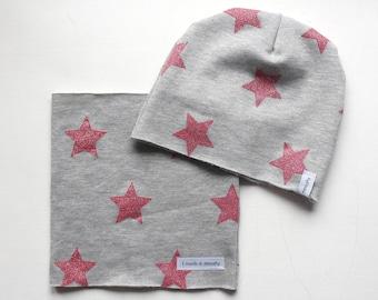Grey fleece neck warmer hat and pink glitter stars