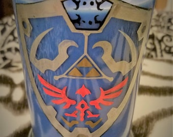Large Legend of Zelda Hylian Shield Candle