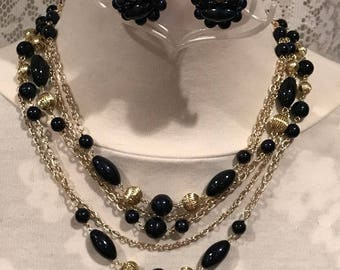 1950's Black and Gold Necklace And Earring Set