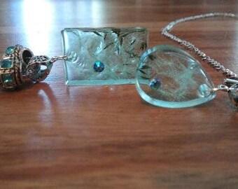 Necklace resin, dandelion, swarovski stone