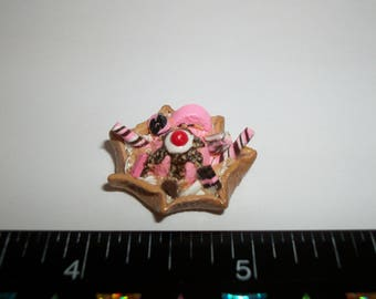 Dollhouse Miniature Handcrafted Strawberry Ice Cream Waffle Bowl Dessert Food for the Doll House 1218