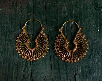 Mandala hippie earring - gold - medium
