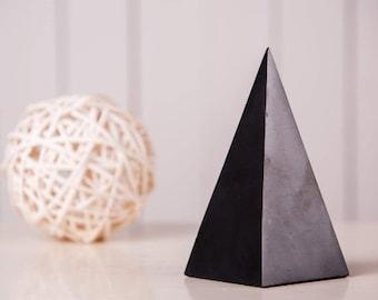 Shungite Pyramid High 1.2-1.97 inch. (3-5 cm) Polished Shungite Stone EFM Protection Black Stone Healyng Crystal Pyramid Chakra Ballance