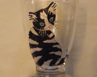 Painted water glass: white and black cat