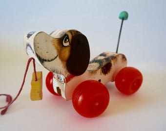 Fisher Price wooden dog // Vintage Wooden Dog on Wheels // Pull Toy // Little Snoopy