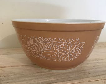 Vintage Pyrex Brown Mixing Bowl
