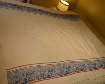 Vintage oblong tablecloth