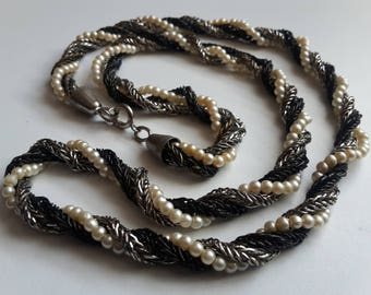Beaded Twirl Necklace