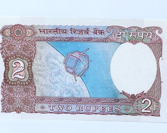 Indian 2 Rupees 1980s, Vintage Indian Currency 2 Rupees, Indian Old Paper Currency Two Rupees, Indian old Bank note