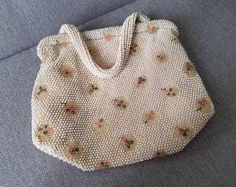 Vintage Lumared Corde Bead Hand Bag Floral pattern Lucite beads