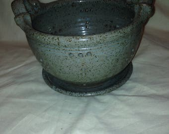 Pottery Strainer Collinder speckled glazed kitchen ware with undertray. Grey / blue undertone vintage