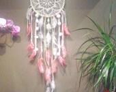 Attrape-rêves pompom fleur blanc rose et vert pastel mint décoration bohème gypsy bohemian