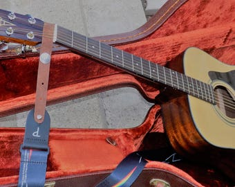 Acoustic Guitar Strap Adapter
