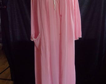 Vintage Pink and White Striped Montgomery Ward Chemise and Robe - Nightgown