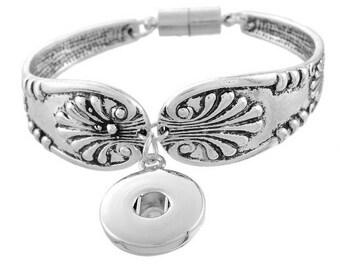 Flower magnetic clasp for snap bracelet