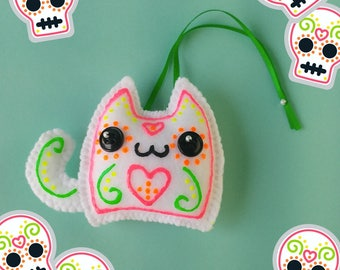Kawaii Sugar Skull Cat Stuffed Ornament & Kawaii Christmas Tree Decoration, Kawaii Dia de los Muertos Food Christmas Ornament