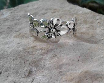 Flower Ring, Solid Sterling Silver Ring, Hippie Ring, Flower Jewelry