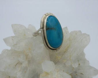 Vintage Native American Turquoise Sterling Silver Ring, size 8.