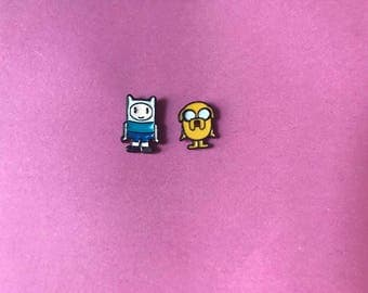 Adventure Time Jake and Finn collar pin set