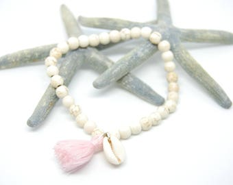 Howlite white beads bracelet, cowrie shell and pale pink tassel