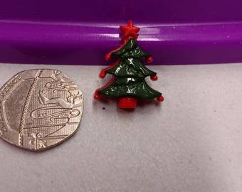 Acrylic Christmas Tree button with shank. Red and Green - pack of 10
