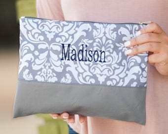 Bridesmaid Gifts,Bridesmaid Tote,Girls Travel Bag,Ladies Clutch,Zipper Pouch,Grey Damask Zip Pouch,Monogrammed Zipper Pouch,Ladies Tote,Gift
