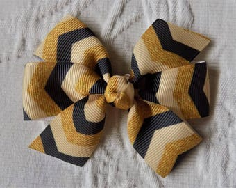 Girl's Hair Bow in Chevron Gold Tones - Hair bow for girl, Toddler hair bow, Hair clip, Special occasion bow, Black and gold hair bow