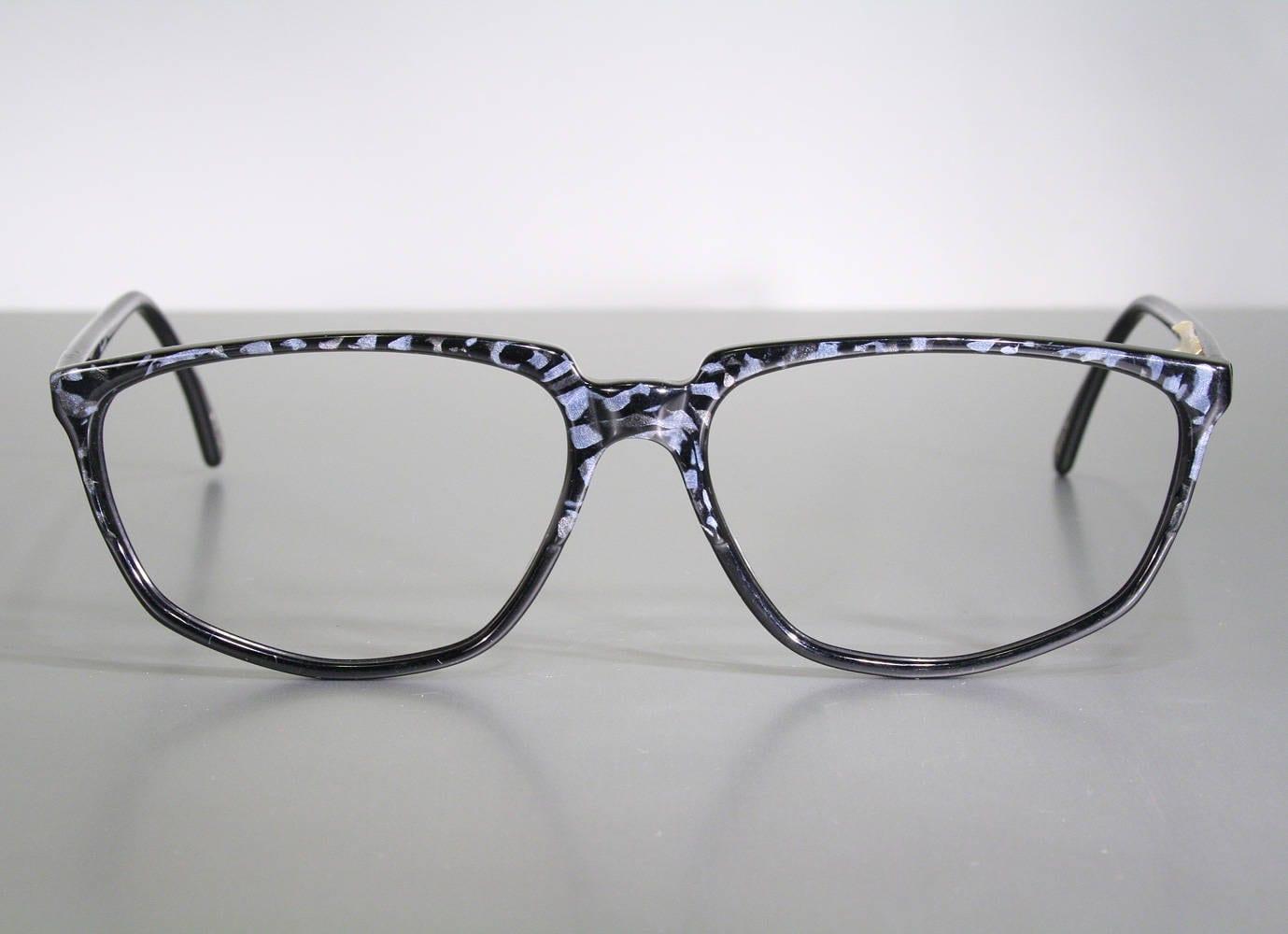 Black & Camo CONQUISTADOR Bluish Gray Pattern Hypoallergenic Plastic ...