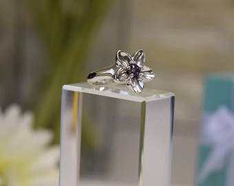 Tiffany & Co Sterling Silver Iolite Flower Ring  Size L / 5 1/2