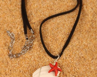 Shell necklace with red starfish