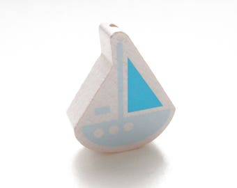 Wooden boat white, soft blue & Turquoise bead