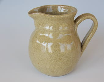 Coffee Creamer in Wheat Glaze