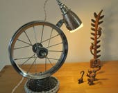 bicycle wheel desk lamp steampunk table lamp upcycled lampbike desk lamp
