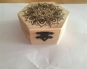 Jewelry box Chest trunk Wood pyrography Fantasy Flower Mandala