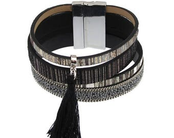 Magnetic Bracelet with fabric tassel