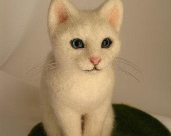 White cat Handmade Needle Felted Miniature wool animal