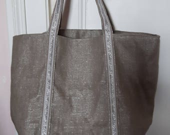 Laminated cotton linen tote bag