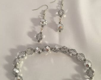 Silver beaded stretch bracelet and dangle earrings