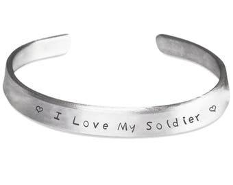 I Love My Soldier - Soldier Bracelet - Army Wife Bracelet - Deployment Gift - Military Spouse Gift - Army Girlfriend - Army Wife Jewelry