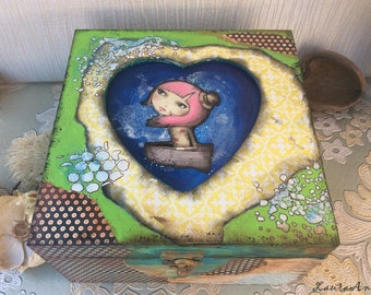 The Girl in the Heart - decorated wooden box, hand painted, decoupage technique