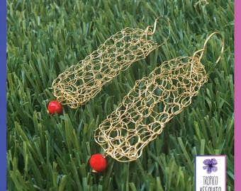 crochet earrings or gold wire crochet with wire and accompanied with a small crystal.