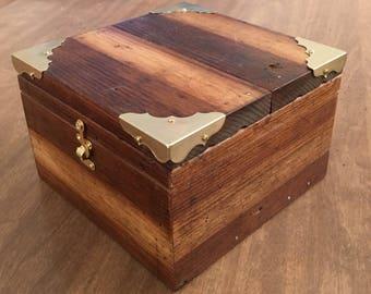 Wooden box/Jewelry box/Trinket box