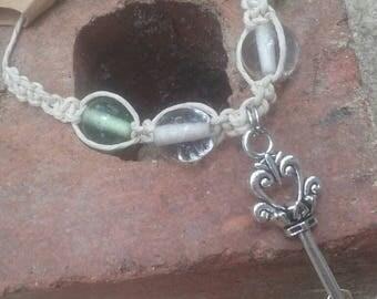 Hemp key bracelet glass beads 8 inch