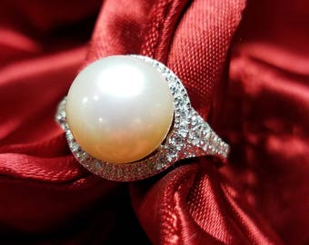 Round Fresh Water Pearl Ring
