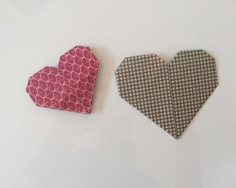 Paper hearts, made with the technique of Origami. Achievable on ordering and customizable.