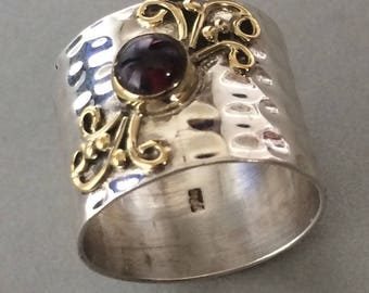 large sterling silver, hammered ring gold-plated and natural Garnet size 53
